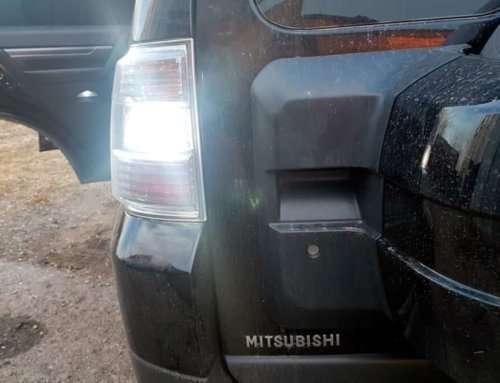 LED-лампи в Mitsubishi Pajero